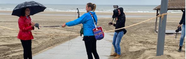Blauwe loper geopend in Wijk aan Zee